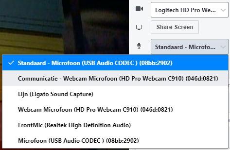 Live met je webcam op Facebook. Selecteer je audio-bron of microfoon.