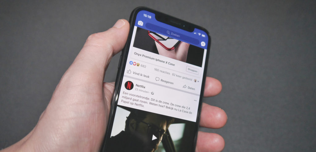 Facebook tijdlijn op een iPhone X